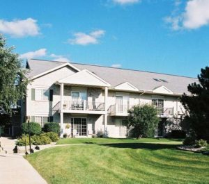 hunters ridge apartments Pewaukee