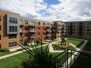 Gaslight loft apartments - courtyard