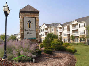 turnberry apartments st. louis logo