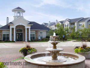 turnberry apartments st. louis fountain