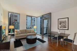 State & Chestnut - Chicago's Gold Coast Furnished Apartments