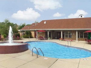 Deer Run Apartments - Pool