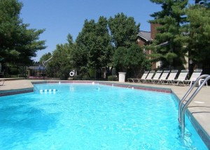 Swimming pool at Peachtree apartments