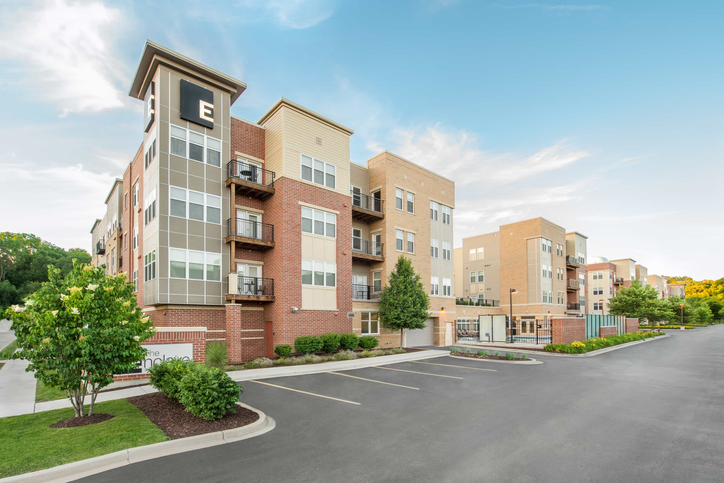 The Enclave Luxury Apartments Of Wauwatosa Wi